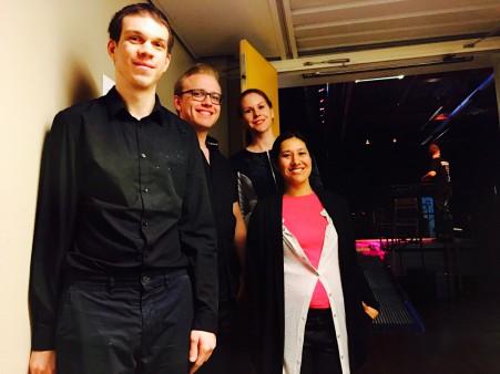 Kristian, Adam, Caroline och Anita glada efter föreställningen.