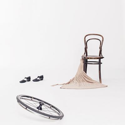 Pressbild för föreställningen Trippel. Foto: Lars Dyrendom