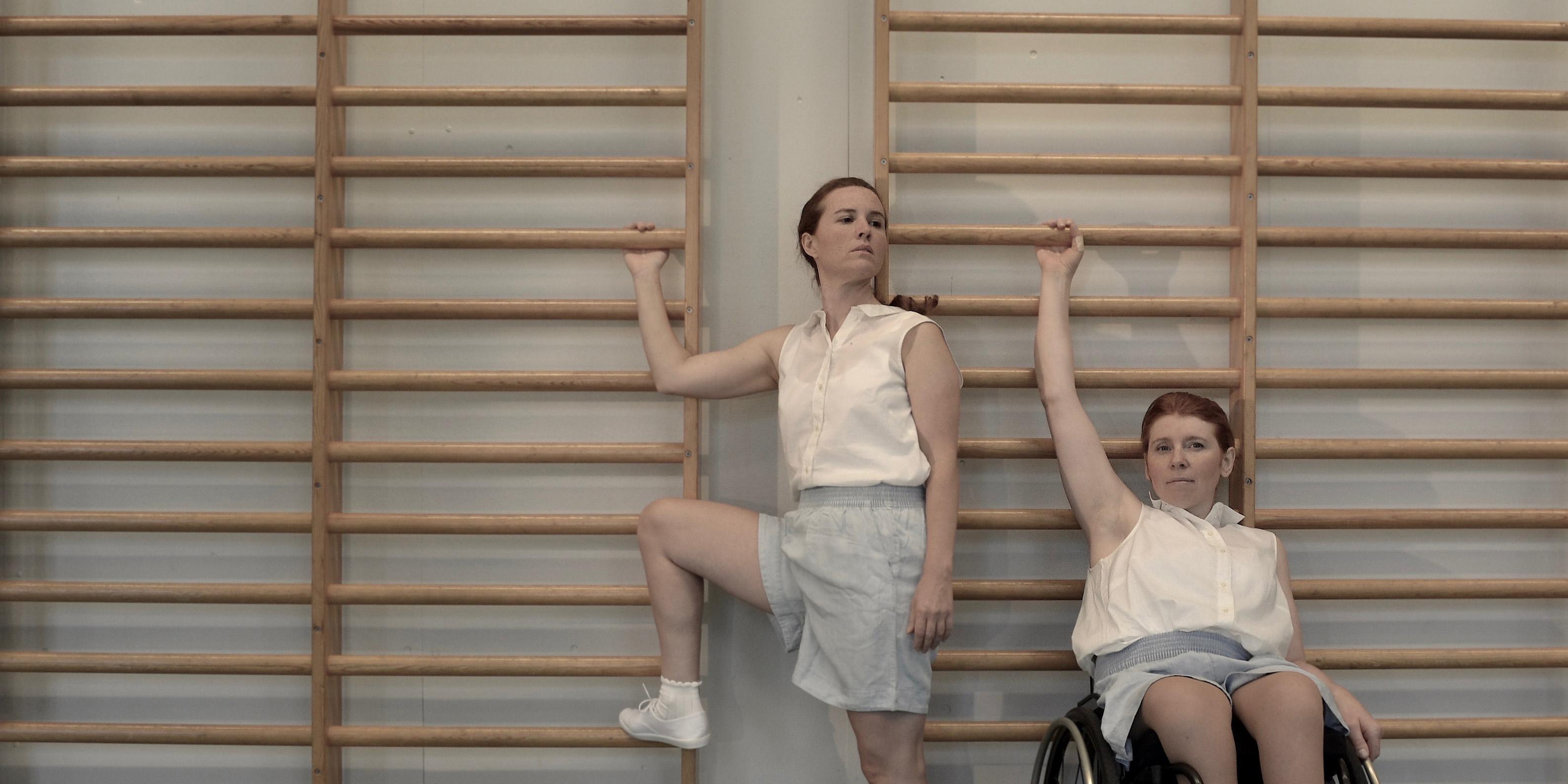 Bild för föreställningen Kryptisk sportgymnastik. Foto: Mireille Leblanc