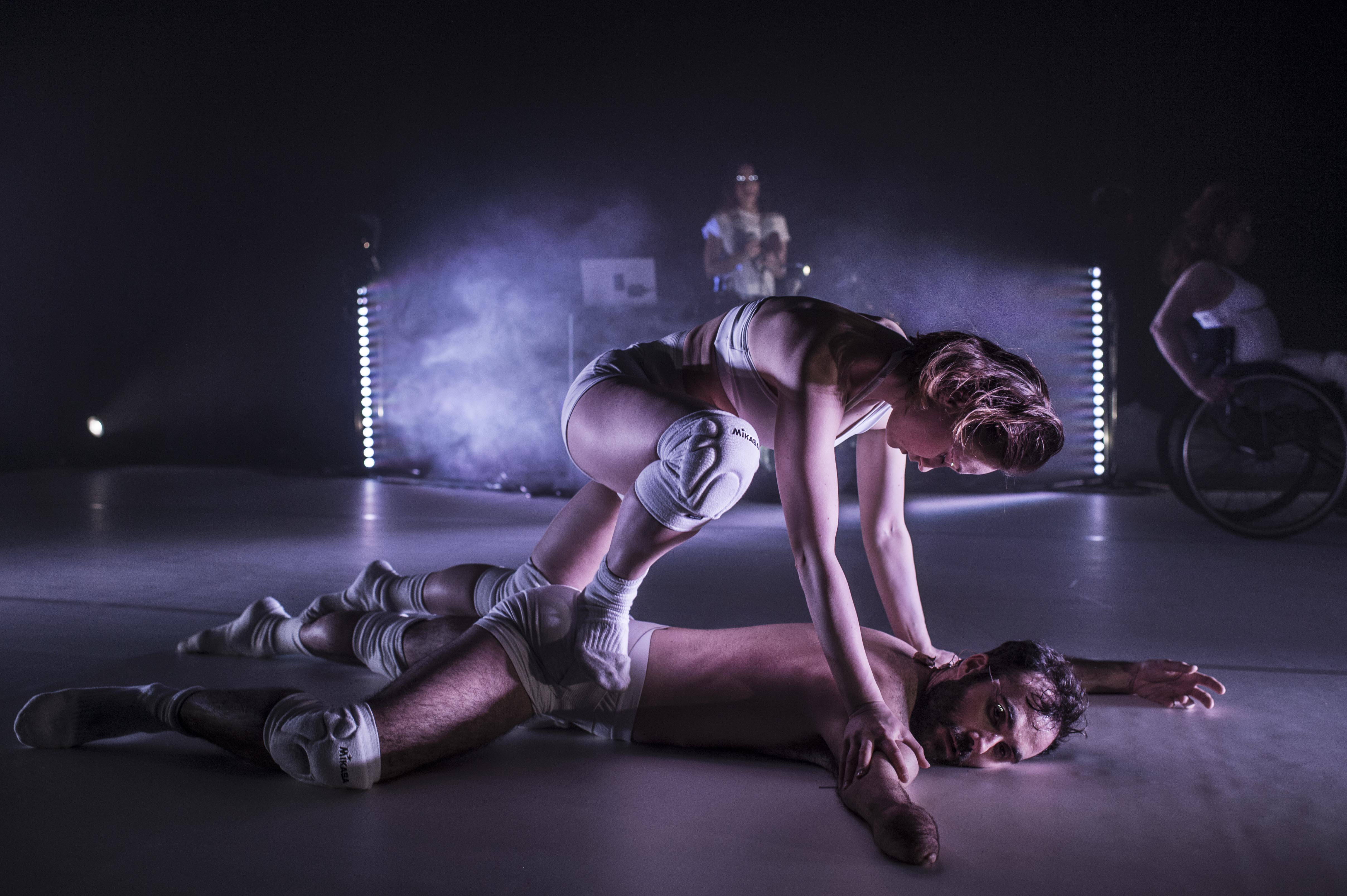 Image for the performance Skirtpower. Photo: Chrisander Brun
